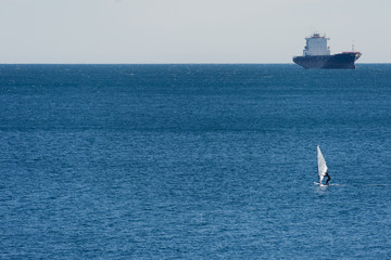 windsurf and ship