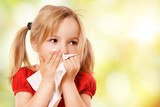 Kind mit Taschentuch