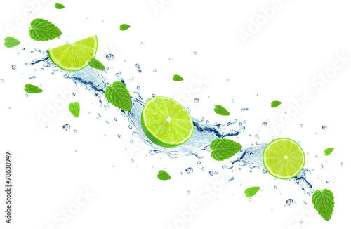 lime and water splash - 78638949