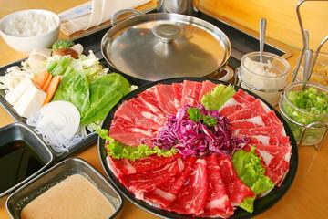 """しゃぶしゃぶ 日本料理  Japanese food """"shabu-shabu"""" of the slice meat"""