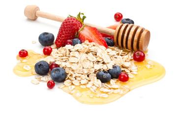 Oats, fruits and honey.