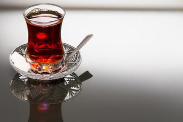 Tee im Tulpenglas