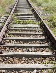 unbefahrene alte Eisenbahnschiene