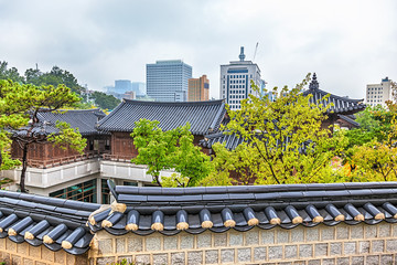 Traditional old and modern korean houses cityscape