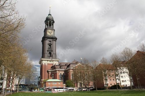 canvas print picture Kirche in Hamburg