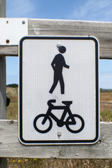 share pedestrian and bicycle sign