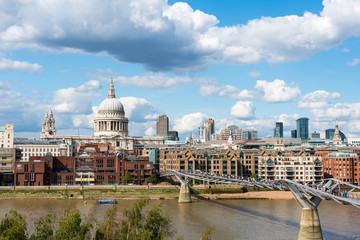 Thames river and St. Paul cathedral from south side