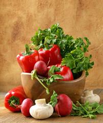 Mix vegetables (tomatoes, cucumbers, mushrooms, herbs)