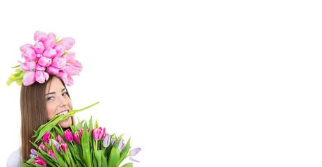 Frau mit Tulpen im Mund