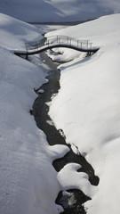 Мост, река, снег. Зимний пейзаж.