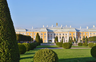 Большой Петергофский дворец. Верхний сад.