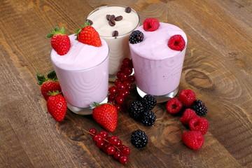 Yogurt di frutta e yogurt di caffè