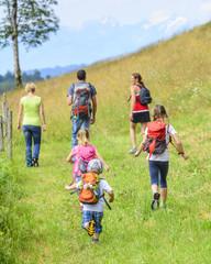 Wanderausflug mit der ganzen Familie