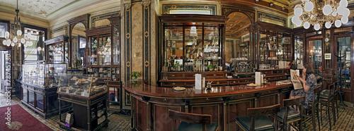 Fotobehang Wenen Cafe Demel Wien Innen Panorama