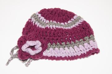 Cappello di lana con fiore