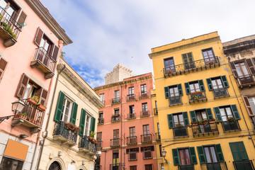 Sardegna, Cagliari, palazzine di piazza Yenne