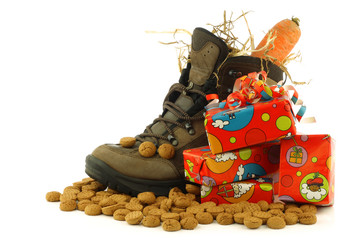 """shoe with a winter carrot and some straw set for """"Sinterklaas"""""""