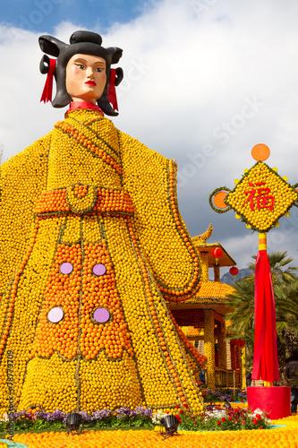 Papiers peints Statue Lemon Festival on the French Riviera. Menton, France