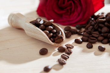 Cofee scoop with roses
