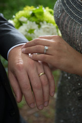 wedding ring band hand finger couple