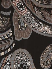 Cachemire brun, noir.