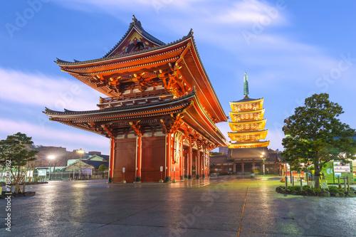 Foto op Plexiglas Tokyo Tokyo - Sensoji Temple in Asakusa, Japan