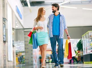 Shopping dates