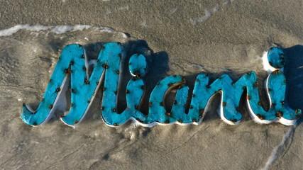 Enseigne métallique Miami