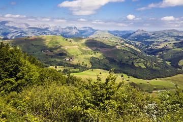 Cantabria desde el puerto de los Tornos