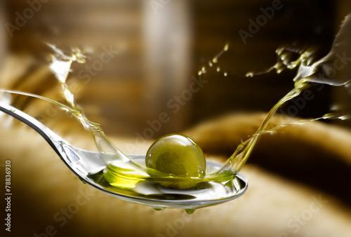Papiers peints Condiment olio di oliva