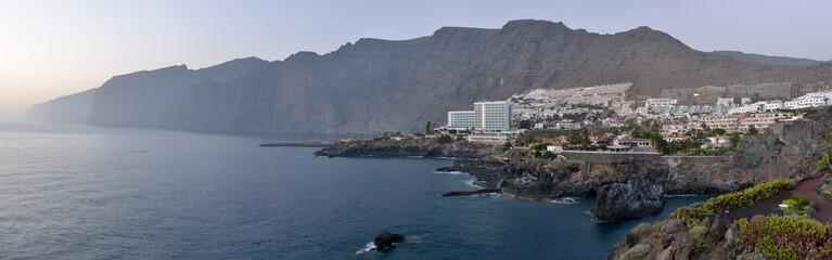 Panorama Puerto de Santiago, Tenerife.