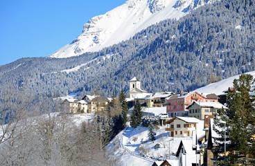 Das Dorf Rona, Oberhalbstein