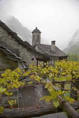 Svizzera,Valle Maggia,il paese di Foroglio.
