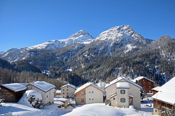 Das Dorf Sur, Oberhalbstein