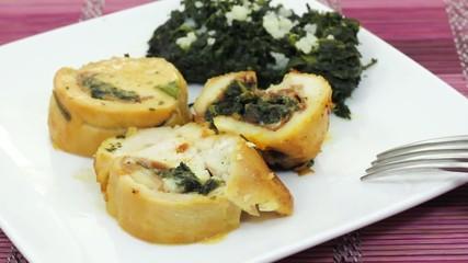 Roast turkey stuffed with spinach