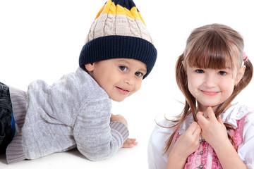 Kinder Freunde lächeln freundlich
