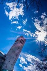 Sonnenstrahlen auf Turm vom Deutschen Museum