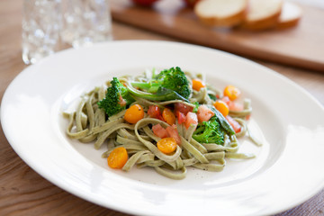 Spinach Fettuccine with Vegetables