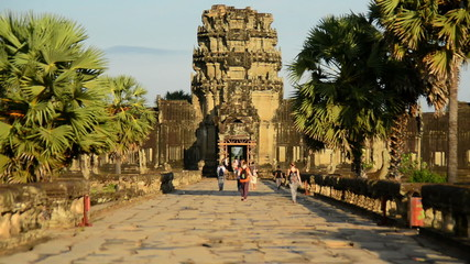 Zoom Out - Tourists Walking at the Main Temple - Angkor Wat, Cambodia