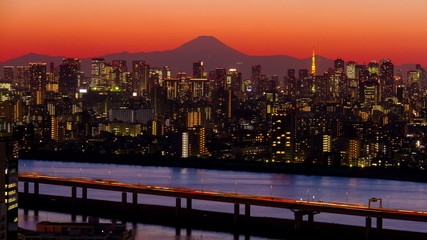M't fuji and Tokyo Tower light up time lapse