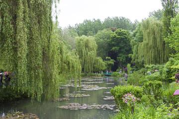 [パリ近郊観光名所]クロード モネの家 ジヴェルニーの庭の池 日本風庭園[MAISON ET JARDIN DE MONET]