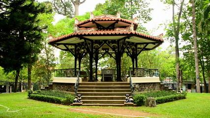 Pan Down   - Gazebo - Independence Palace - Ho Chi Minh City (Saigon) Vietnam