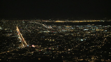 Time Lapse Night view of San Francisco bay from Twin Peaks