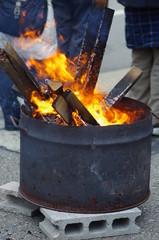 ドラム缶の炎