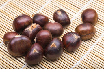 chestnuts on the bamboo mat