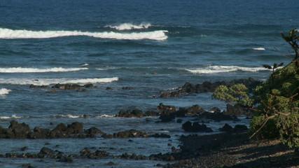 Time Lapse of Waves Crashing on Rocks - Clip 2