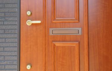 玄関ドア ツーロック