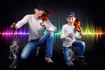 Vater und Sohn mit Geige