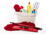 Reinigungsmittel, Putzeimer und Wischmopp