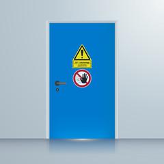 Tür zur CO2 Löschanlage, Hintergrund